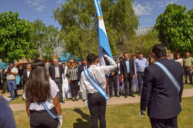 El CENS de la Comunidad Terapéutica San Benito presentó su Bandera de Ceremonia - SI SAN JUAN