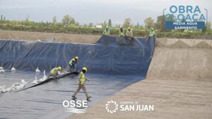 OSSE avanza con la obra cloacal para Media Agua